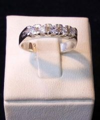 Solid 925 Sterling Silver 5 Cubic Zirconia Ring